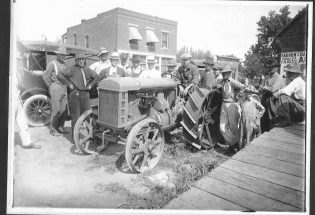 Delivery of first Fordson tractor depicted by local painter
