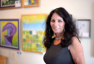 Green Frog Fine Art hops into town