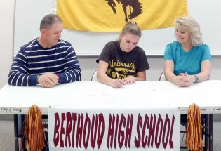 Berthoud's Leonard to run wild in Wyoming