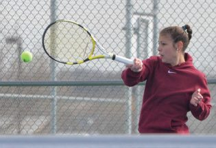 Berthoud tennis tops Mountain View, 4-3