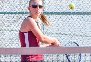 Spartans' tennis team crushes competition on home courts