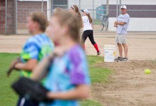 Lady Spartans aim to return to the ranks of the Tri-Valley softball elite