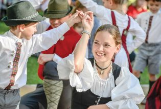 Raise a glass (or a wurst) to the sixth annual Berthoud Oktoberfest