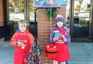 Bell ringers bring holiday joy to Berthoud