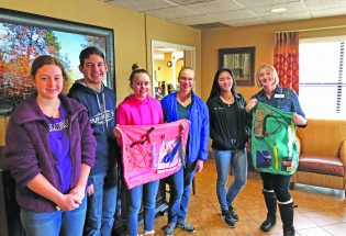 Berthoud High students show compassion through crafting
