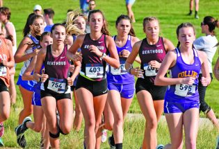 Cross country opens with third at Valley 5000