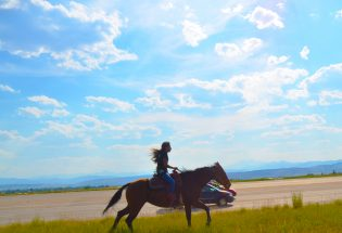 Riders on a 400-mile journey on horseback made their way through Berthoud