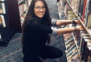 Berthoud library staffer Elizabeth Lawrence to receive prestigious paralibrarian award