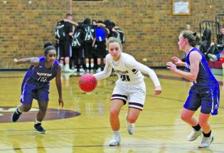 Undefeated Lady Spartans win seventh straight