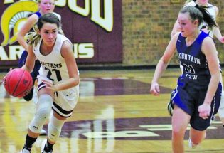 Berthoud girls basketball enter state as No. 8 seed