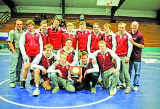 Berthoud wrestlers top Sterling for regional crown, will send 8 to state