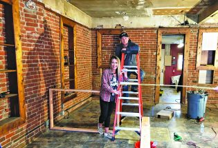 """Sirenhouse to open in downtown Berthoud to offer """"trendy, upbeat"""" salon"""