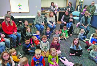 Berthoud library launches monthly bilingual storytime