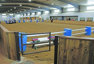 Therapeutic riding center unveils state-of-the-art arena