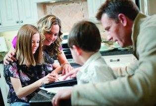 """Schooling at home survival guide: Tips from a home-school mom"""""""